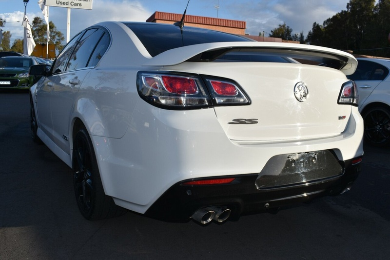 HOLDEN COMMODORE SS V VF Series II SS V Redline Sedan 4dr Spts Auto 6sp 6.2i [MY16]