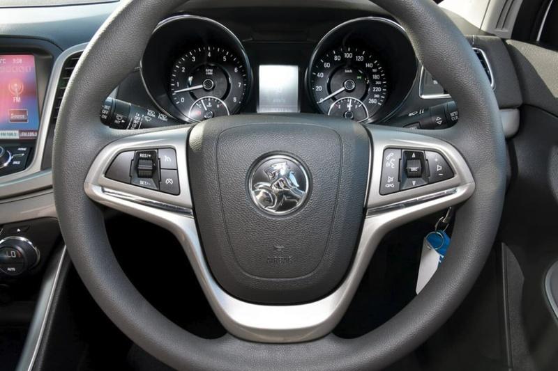 HOLDEN COMMODORE Evoke VF Evoke Sportwagon 5dr Spts Auto 6sp 3.0i [MY14]