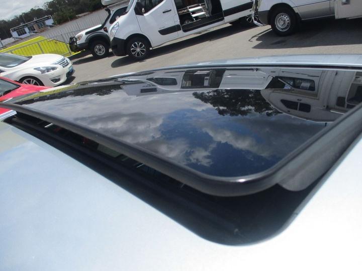 MERCEDES-BENZ CLK350 Elegance C209 Elegance Coupe 2dr Spts Auto 7sp 3.5i [MY06]