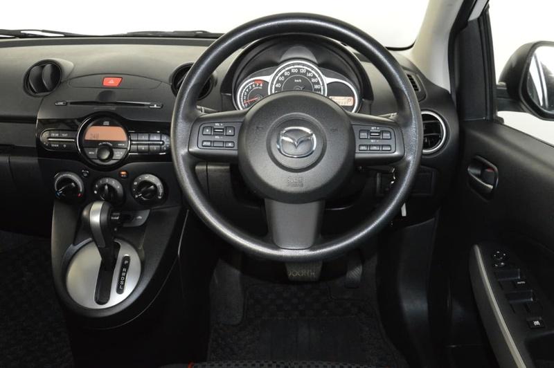 MAZDA 2 Maxx DE Series 1 Maxx Hatchback 5dr Auto 4sp 1.5i [MY11]