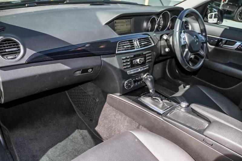 MERCEDES-BENZ C200  W204 Sedan 4dr 7G-TRONIC + 7sp 1.8T