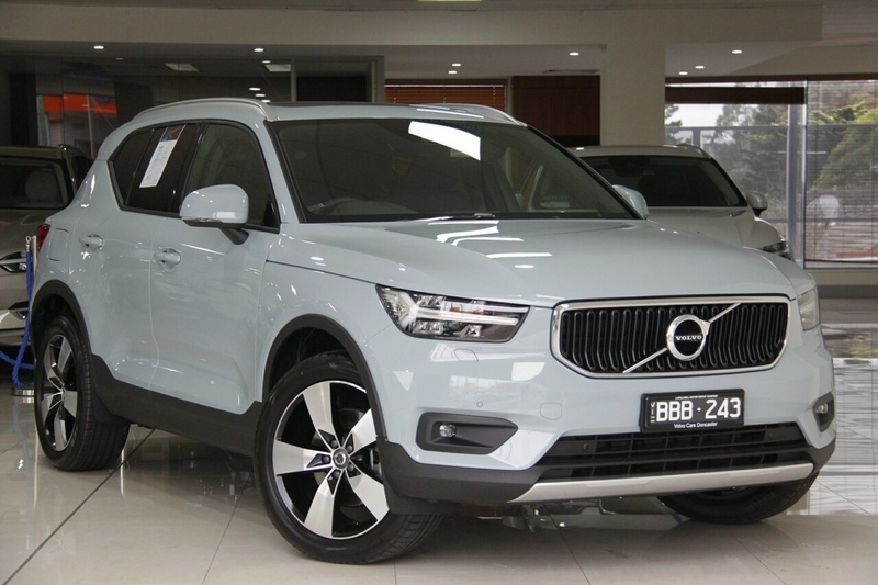 volvo xc40 t4 t4 momentum wagon 5dr spts auto 8sp 2 0t my19