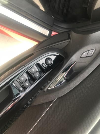 HOLDEN COMMODORE SV6 VF SV6 Sportwagon 5dr Spts Auto 6sp 3.6i [MY15]