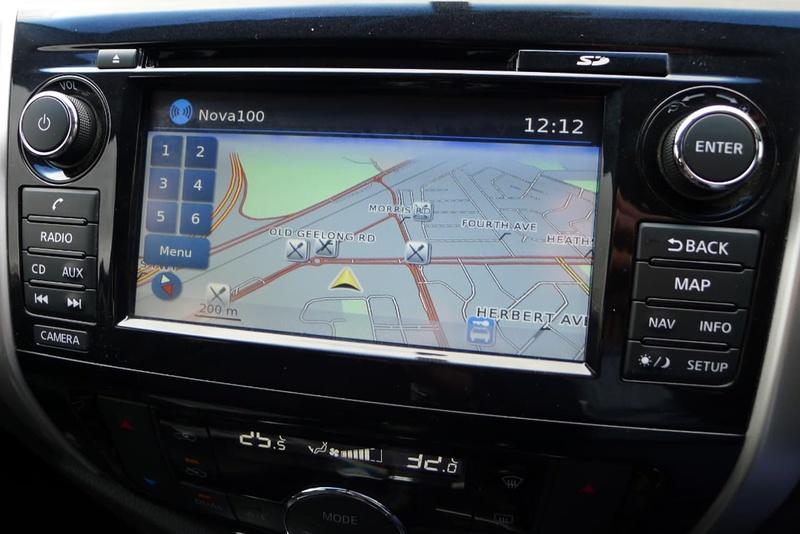 NISSAN NAVARA ST-X D23 ST-X Utility King Cab 4dr Man 6sp 4x4 2.3DTT [Mar]