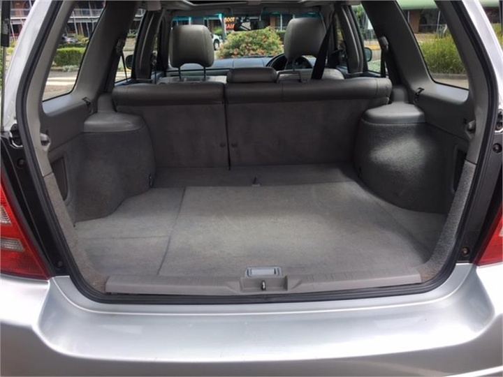 SUBARU FORESTER XS 79V XS Luxury. Wagon 5dr Auto 4sp AWD 2.5i [MY03]