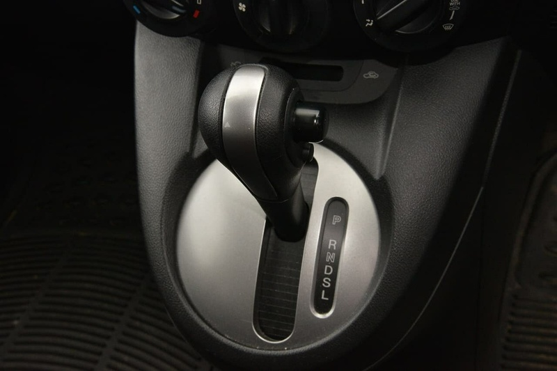 MAZDA 2 Maxx DE Series 1 Maxx Sedan 4dr Auto 4sp 1.5i [MY10]