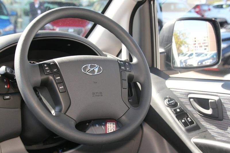 HYUNDAI ILOAD  TQ3-V Series II Van 5dr Auto 5sp 2.5DT [MY18]