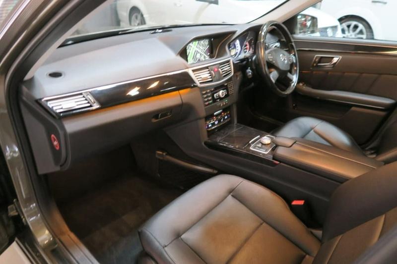 MERCEDES-BENZ E250 CDI BlueEFFICIENCY W212 BlueEFFICIENCY Avantgarde Sedan 4dr 7G-TRONIC + 7sp 2.1DT [MY12]