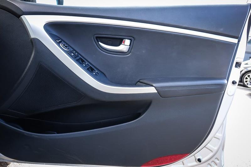 HYUNDAI I30 Premium GD3 Series II Premium Hatchback 5dr DCT 7sp 1.6DT [MY16]