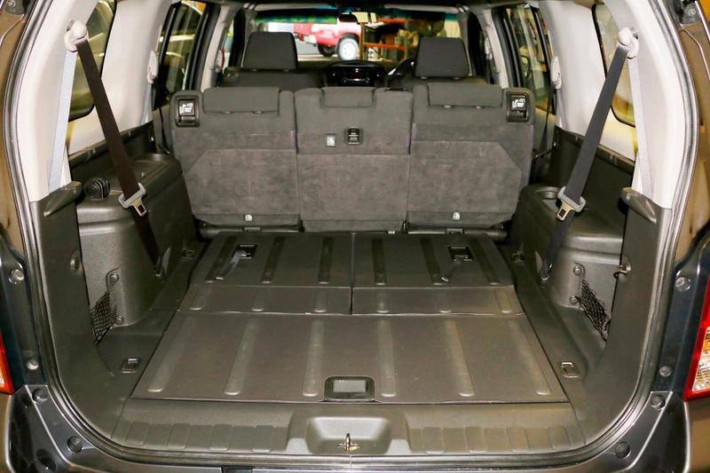 NISSAN PATHFINDER ST R51 ST Wagon 7st 5dr Spts Auto 5sp 4x4 2.5DT [MY10]