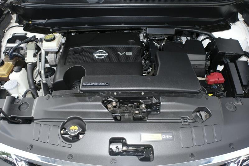NISSAN PATHFINDER ST R52 ST Wagon 7st 5dr X-tronic 1sp 2WD 3.5i [MY15]