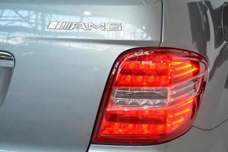 MERCEDES-BENZ ML63 AMG W164 AMG Wagon 5dr Spts Auto 7sp 4x4 6.3i [MY10]
