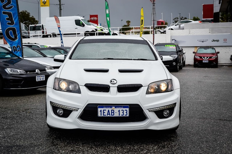 HOLDEN SPECIAL VEHICLES CLUBSPORT R8 E Series 3 R8 Sedan 4dr Man 6sp 6.2i [MY12]