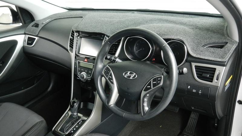 HYUNDAI I30 Elite GD Elite Hatchback 5dr Spts Auto 6sp 1.8i [MY14]
