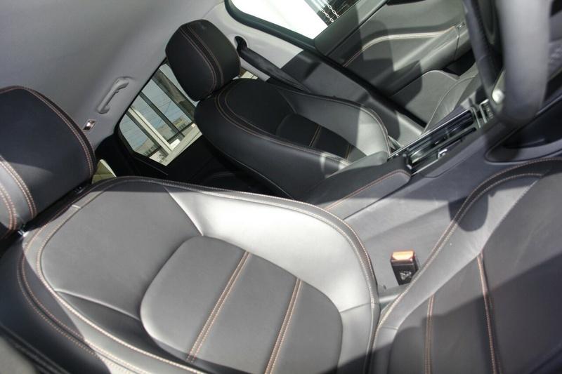 JAGUAR F-PACE 25t X761 25t R-Sport Wagon 5dr Spts Auto 8sp AWD 2.0T [MY18]