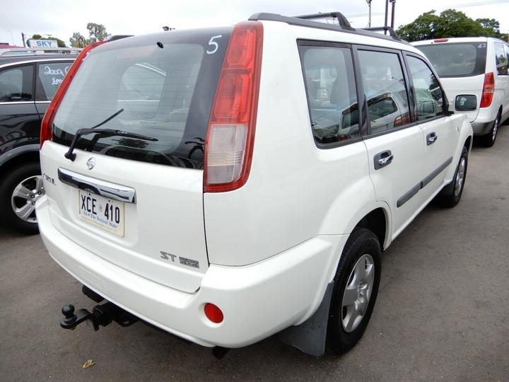 NISSAN X-TRAIL ST T30 II ST Wagon 5dr Auto 4sp 4x4 2.5i