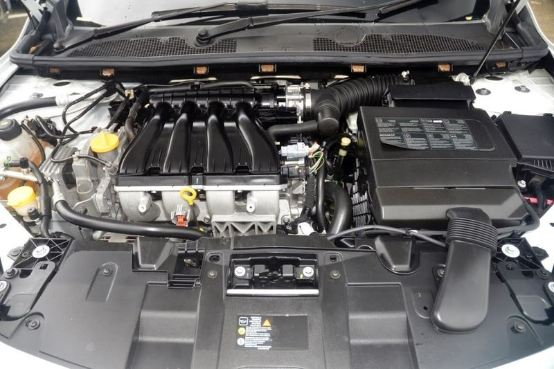 RENAULT MEGANE Dynamique III B32 Dynamique Hatchback 5dr CVT 6sp 2.0i [MY12]