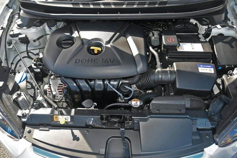 HYUNDAI ELANTRA Trophy MD3 Trophy Sedan 4dr Spts Auto 6sp 1.8i [Oct]