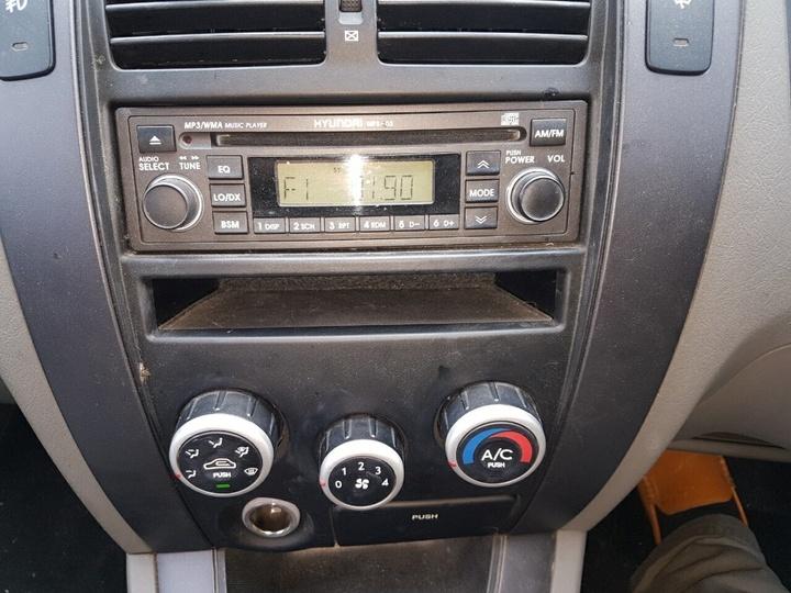 HYUNDAI TUCSON Elite JM Wagon 5dr Spts Auto 4sp 4x4 2.7i