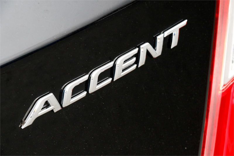 HYUNDAI ACCENT Elite RB Elite Hatchback 5dr Spts Auto 4sp 1.6i