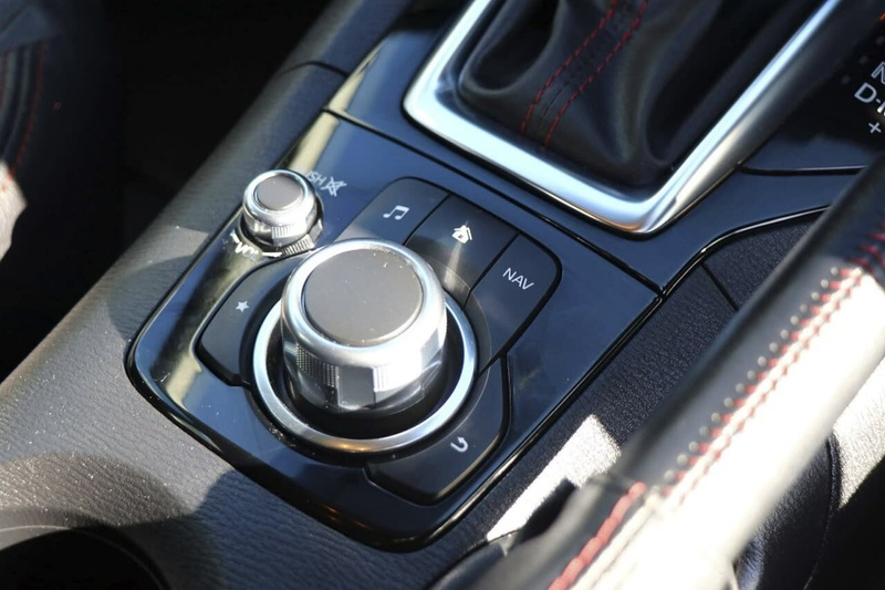 MAZDA 3 Touring BM Series Touring Hatchback 5dr SKYACTIV-Drive 6sp 2.0i [Nov]