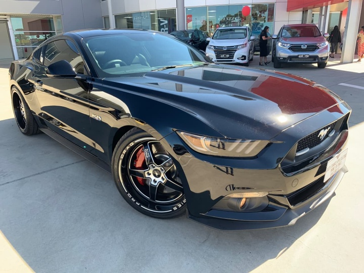 2017 ford mustang gt manual