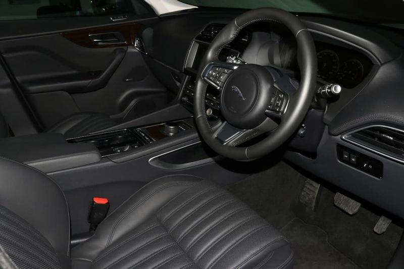 JAGUAR F-PACE 30d X761 30d Portfolio Wagon 5dr Spts Auto 8sp AWD 3.0DTT [MY18]
