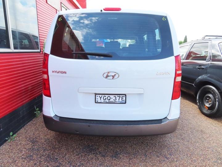 HYUNDAI IMAX  TQ-W Wagon 8st 5dr Selectronic 5sp 2.5DT