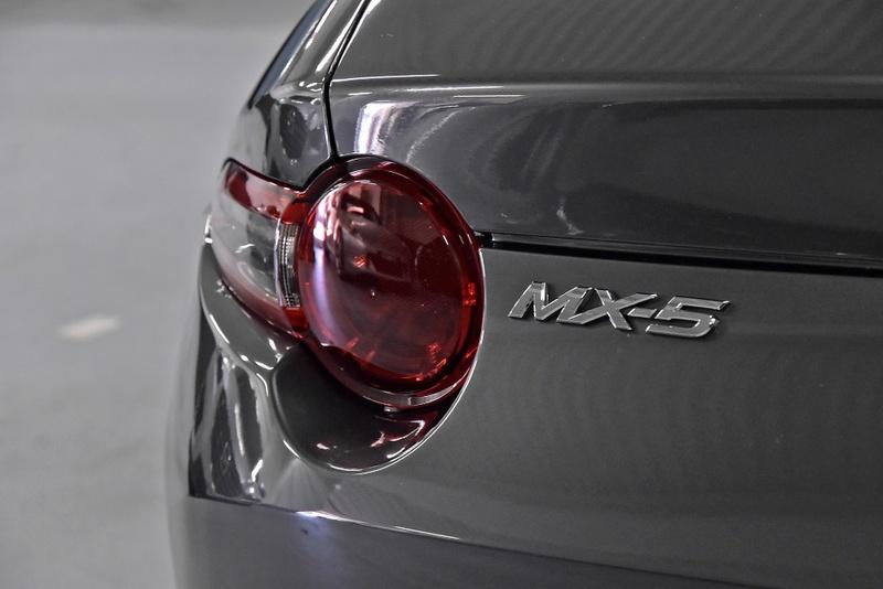 MAZDA MX-5  ND RF 2dr SKYACTIV-Drive 6sp 2.0i [Nov]