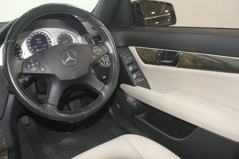 MERCEDES-BENZ C200 KOMPRESSOR Avantgarde W204 Avantgarde Sedan 4dr Man 6sp 1.8SC