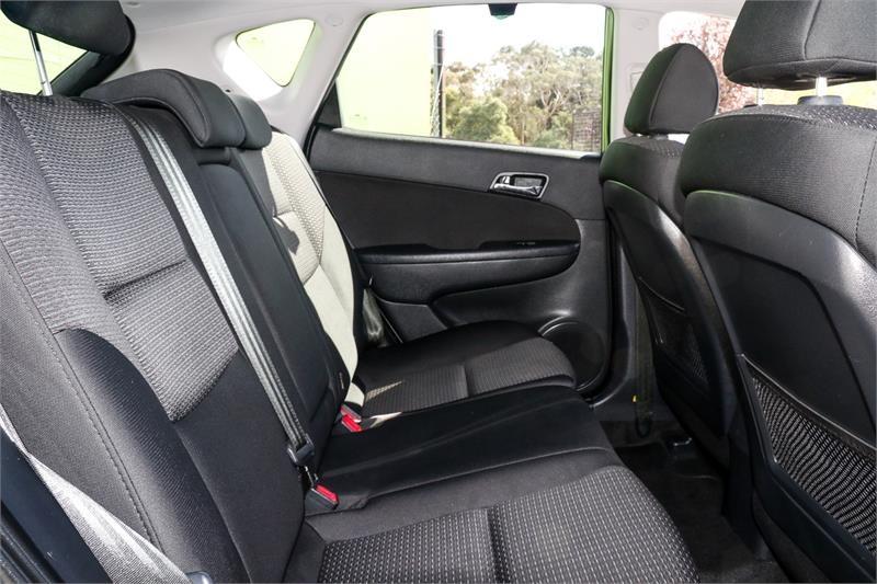 HYUNDAI I30 SLX FD SLX Hatchback 5dr Auto 4sp 2.0i [MY11]