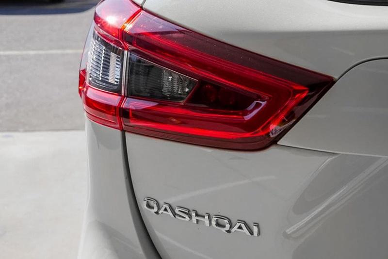 NISSAN QASHQAI Ti J11 Series 2 Ti Wagon 5dr X-tronic 1sp 2.0i