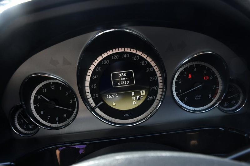 MERCEDES-BENZ E250 BlueEFFICIENCY W212 BlueEFFICIENCY Avantgarde Sedan 4dr 7G-TRONIC + 7sp 1.8T [MY12]