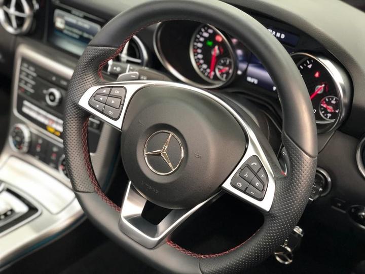 MERCEDES-BENZ SLC200  R172 Roadster 2dr 9G-TRONIC 9sp 2.0T [Apr]