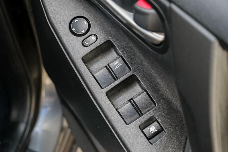 MAZDA 3 Neo BL Series 2 Neo Hatchback 5dr Activematic 5sp 2.0i