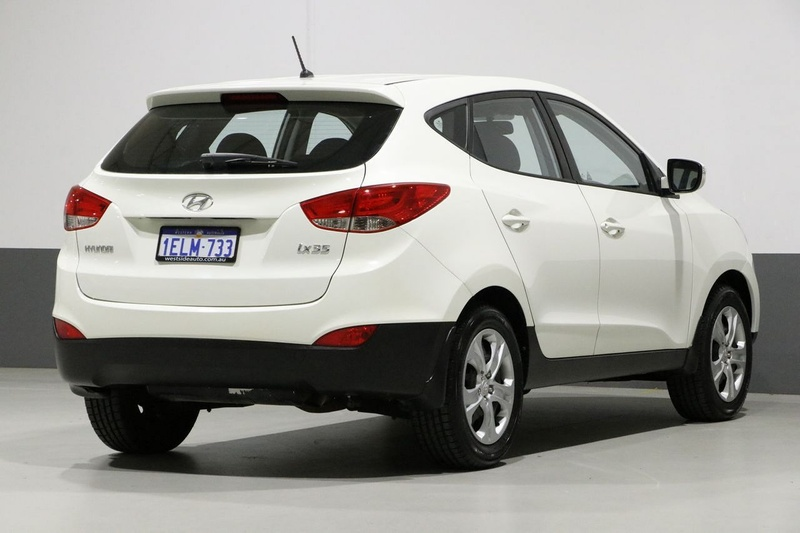 HYUNDAI IX35 Active LM Active Wagon 5dr Man 5sp 2.0i [MY11]