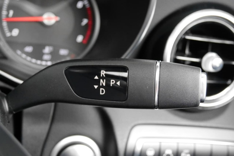 MERCEDES-BENZ C300  W205 Sedan 4dr 9G-TRONIC 9sp 2.0T [Jun]