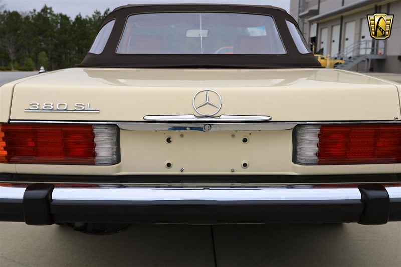 MERCEDES-BENZ 380SL