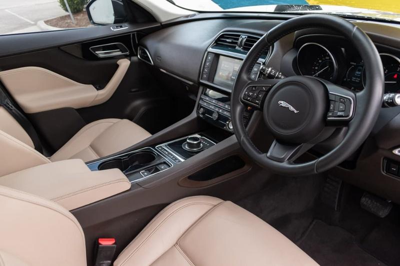JAGUAR F-PACE 20d X761 20d Prestige Wagon 5dr Spts Auto 8sp AWD 2.0DT [MY17]