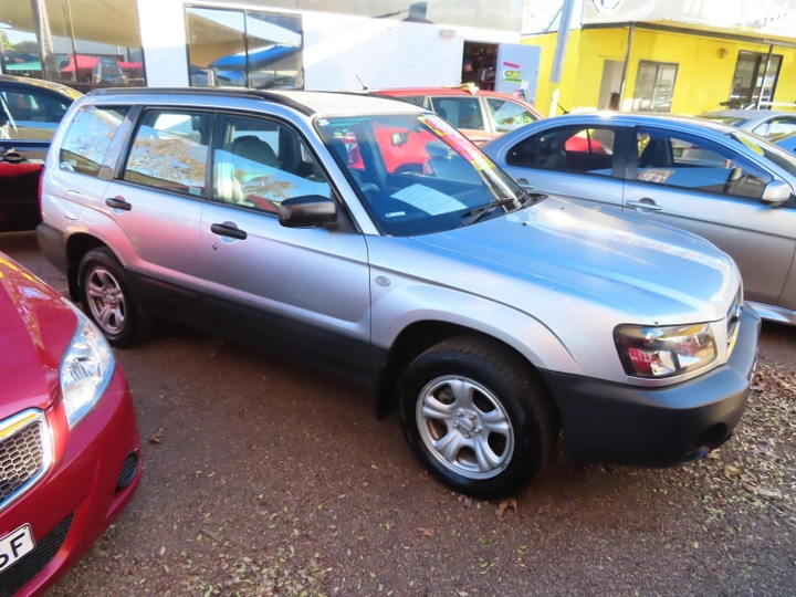 SUBARU FORESTER X 79V X. Wagon 5dr Man 5sp AWD 2.5i [MY04]