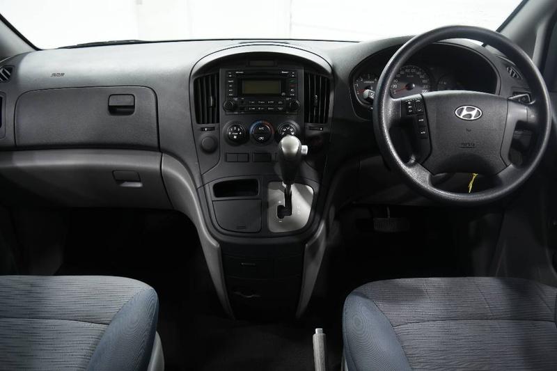 HYUNDAI ILOAD  TQ2-V Van Crew Cab 6st 5dr Auto 5sp 2.5DT [MY13]