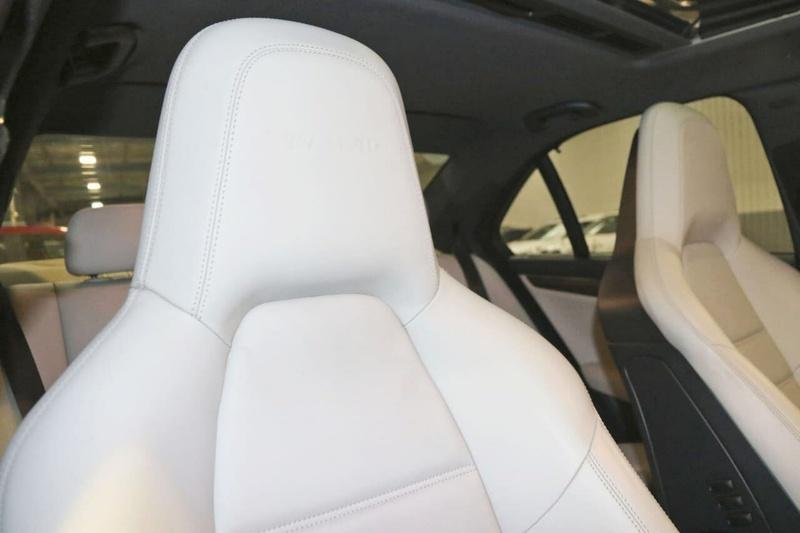 MERCEDES-BENZ C63 AMG W204 AMG Sedan 4dr Spts Auto 7sp 6.3i [MY11]