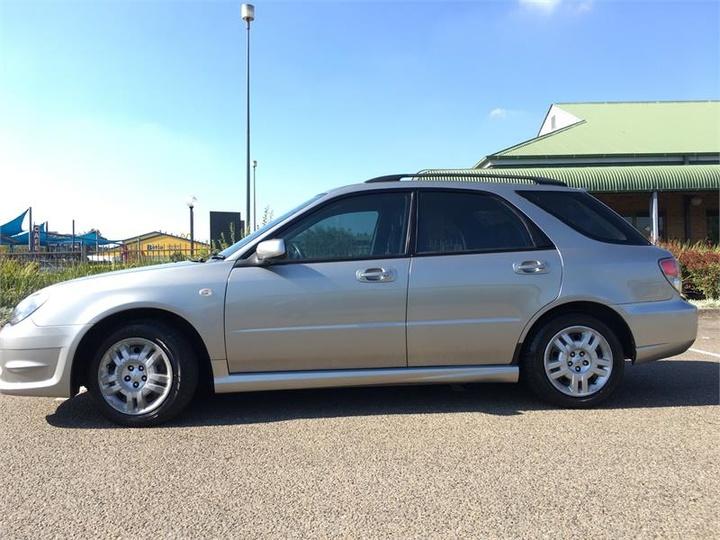 SUBARU IMPREZA R S R. Hatchback 5dr Auto 4sp AWD 2.0i [MY07]