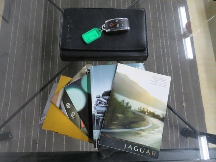 JAGUAR XF Luxury X250 Luxury Sedan 4dr Spts Auto 6sp 2.7DTT [Jun]