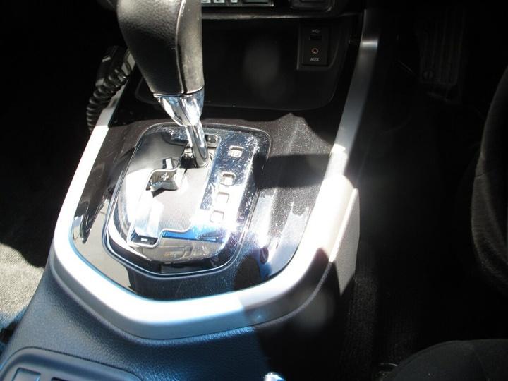 NISSAN NAVARA ST D23 ST Utility Dual Cab 4dr Spts Auto 7sp 4x2 2.3DTT [Mar]