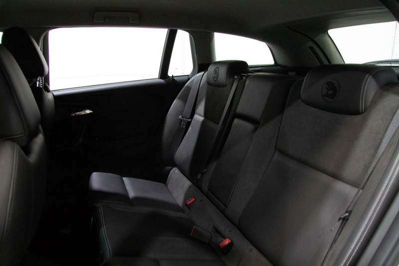 HOLDEN SPECIAL VEHICLES CLUBSPORT R8 GEN-F2 R8 LSA Tourer 5dr Spts Auto 6sp 6.2SC [MY16]