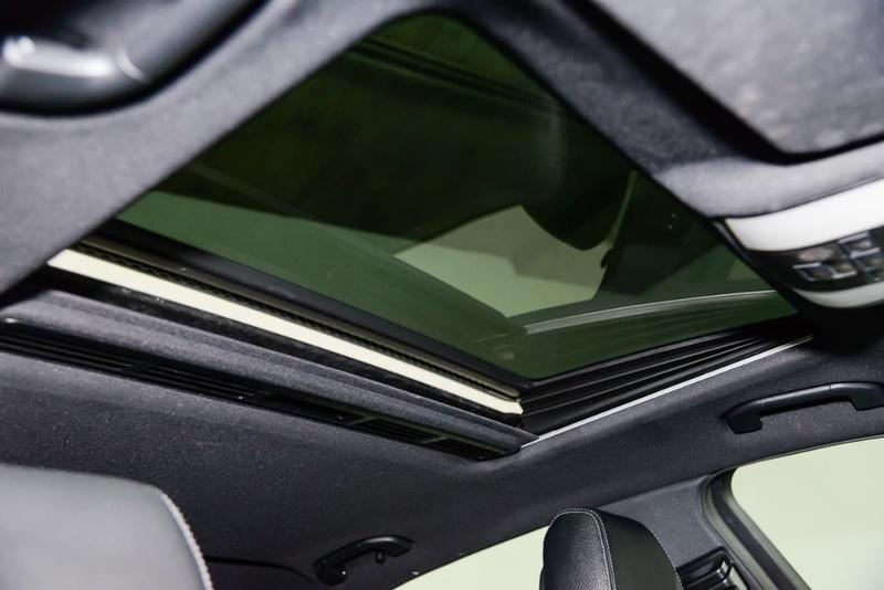 MERCEDES-BENZ E300 BlueTEC W212 BlueTEC HYBRID Sedan 4dr 7G-TRONIC + 7sp 2.1DT/20kW Hybrid [Jun]