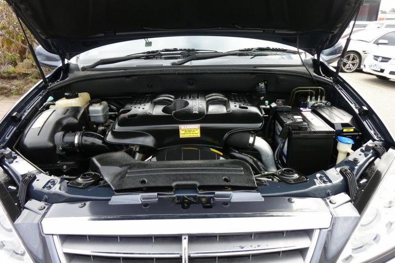 SSANGYONG KYRON M200 D100 M200 XDi Wagon 5dr Spts Auto 6sp 4x4 2.0DT [MY09]