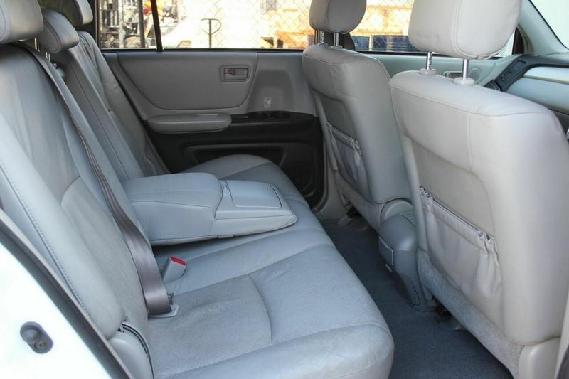 TOYOTA KLUGER CVX MCU28R CVX Wagon 7st 5dr Auto 5sp AWD 3.3i [MY06]
