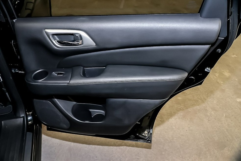 NISSAN PATHFINDER ST-L R52 ST-L Wagon 7st 5dr X-tronic 1sp 4WD 3.5i [MY16]